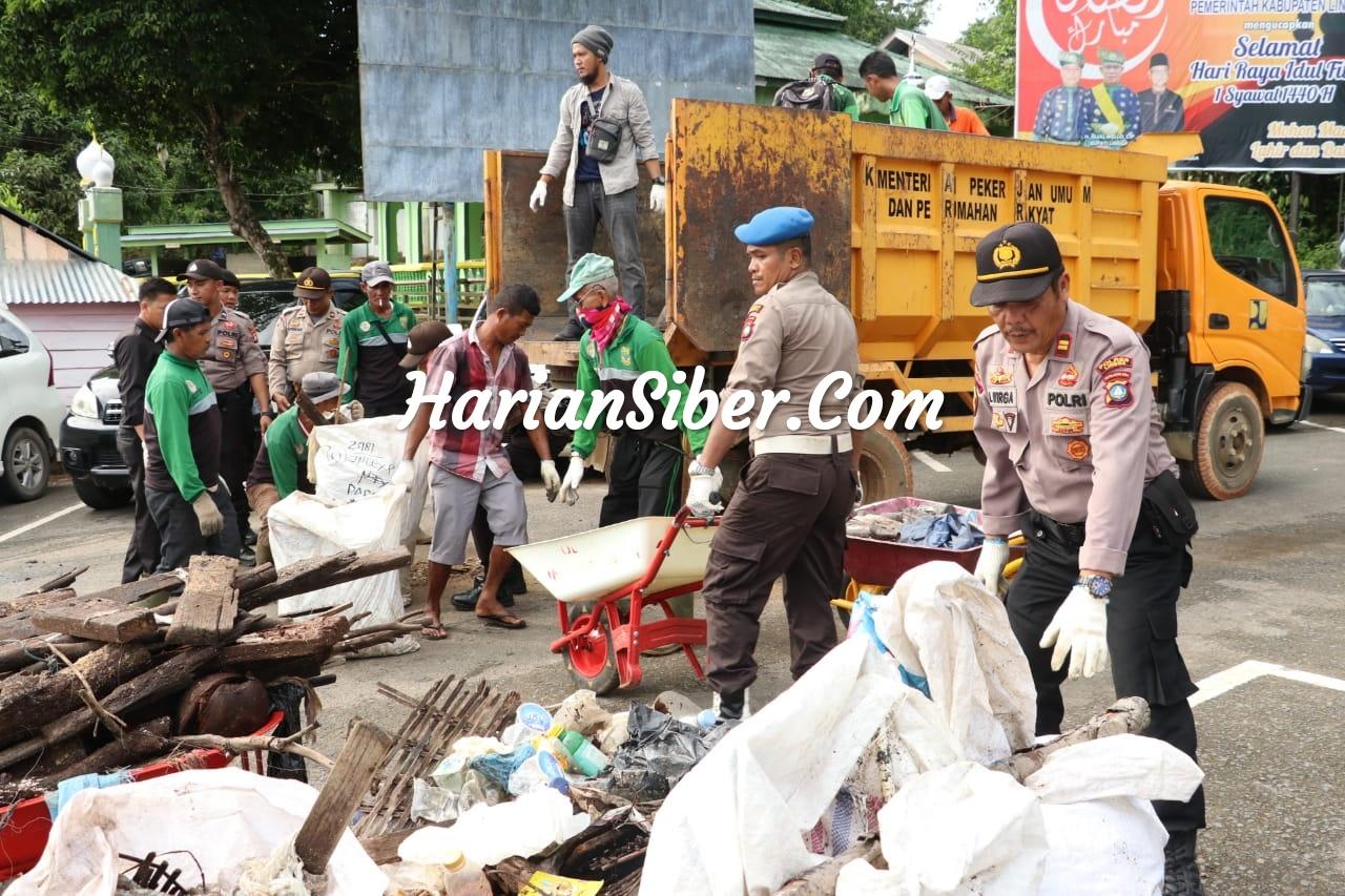 HUT Bhayangkara Ke-73, Polres Lingga Goro di Pelabuhan Jagoh