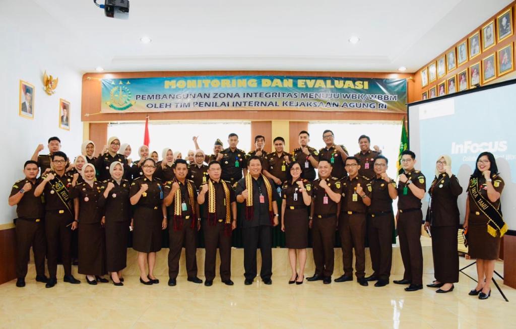 Tim Kejagung Kunjungi Kejari Lampung Utara