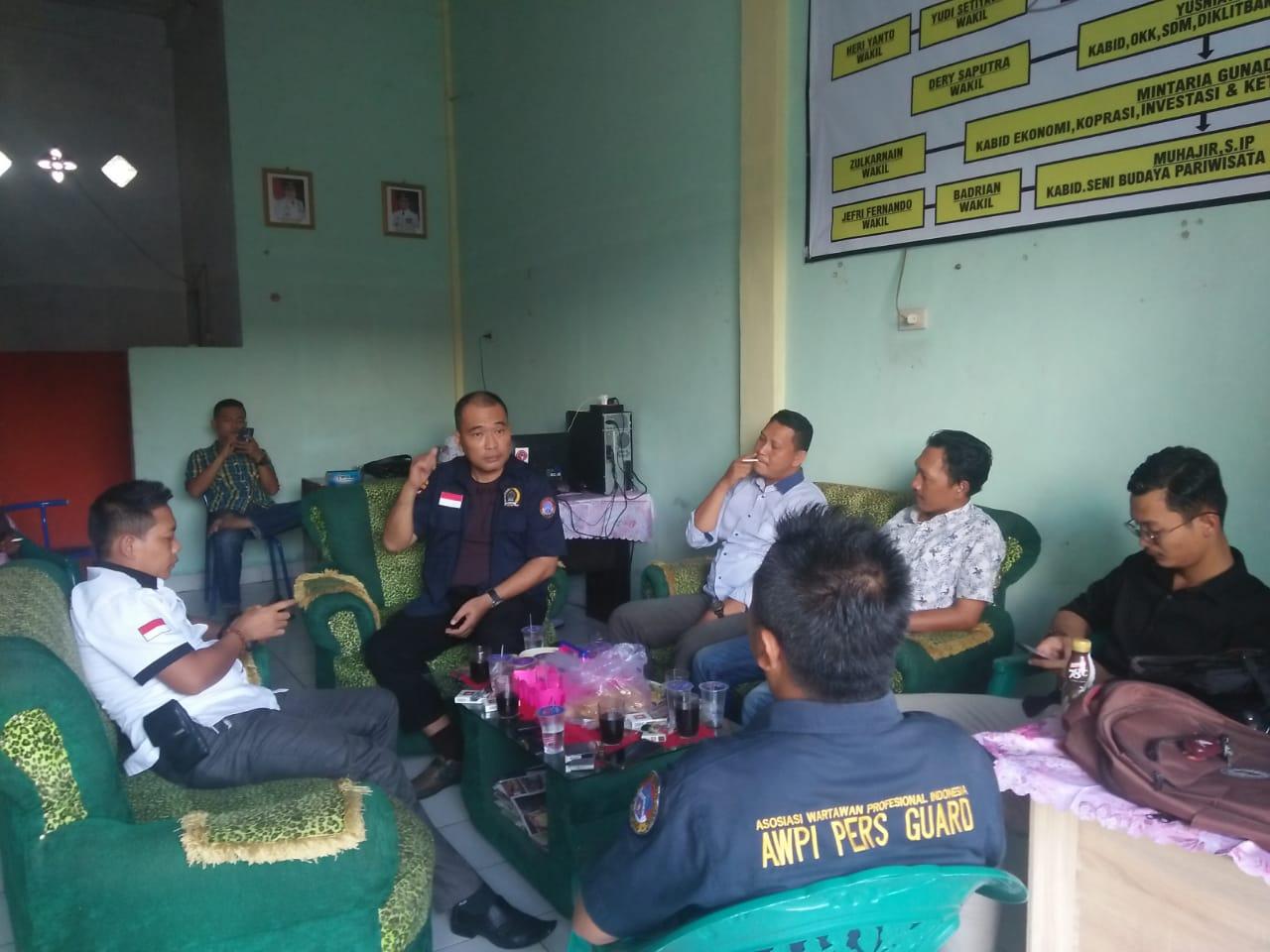 Hengki Ahmad Jazuli Kunjungi Kantor DPC AWPI Lampung Utara