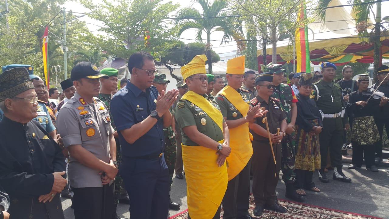 Bupati Rohil Sambut Kedatangan Mayjen TNI Cucu Sumantri