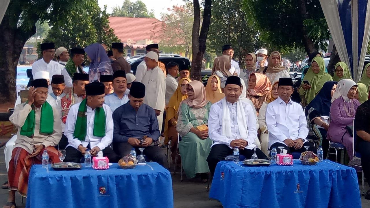 Dandim 0412/LU Ikuti Solat Idul Adha Bersama Pemkab Lampung Utara