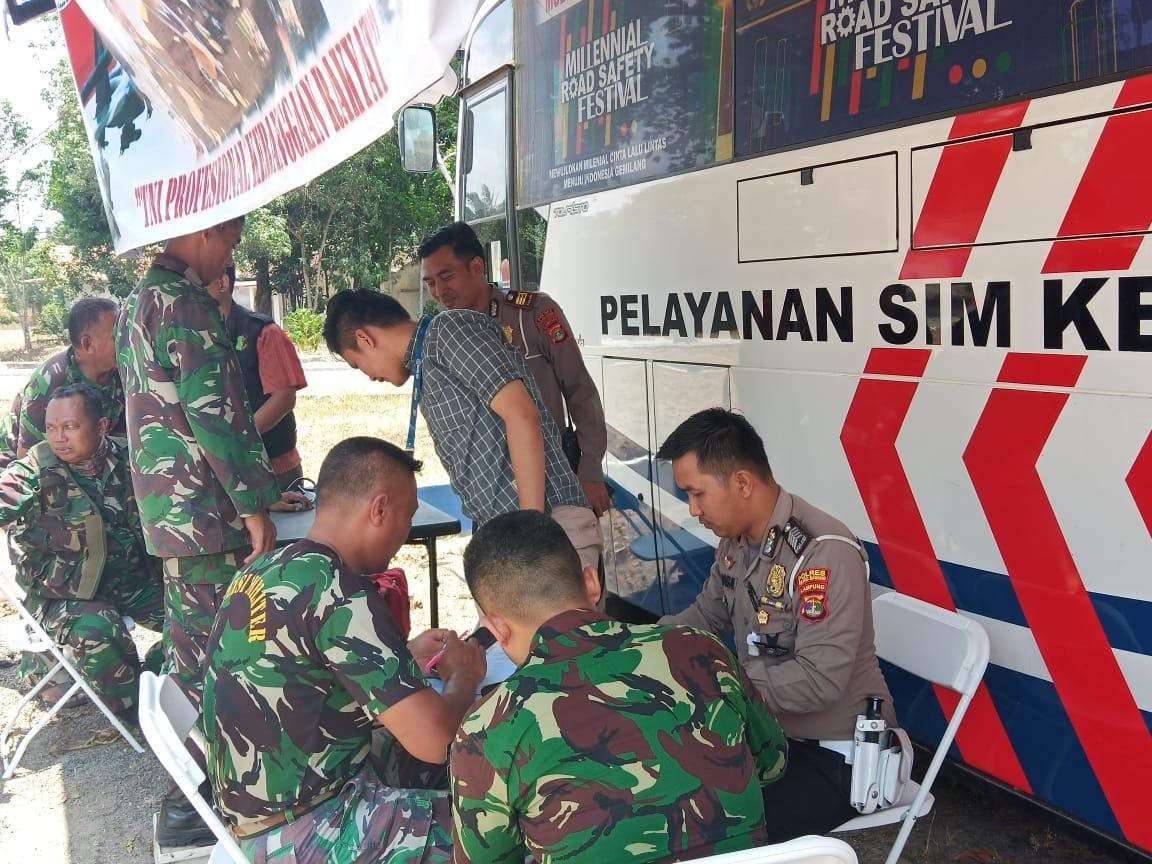 Anggota TNI Dapat Sosialisai SIM Pintar Dari Satlantas Polres Tulang Bawang