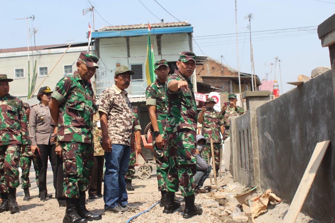 Danrem 074/Warastratama Tinjau Lokasi TMMD Sengkuyung