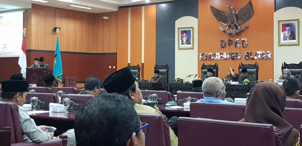 Paripurna DPRD LKPJ 2019, Bupati Blitar Paparkan Kinerja Turunkan Kemiskinan