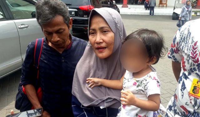 Ditangguhkan Penahanannya dan Wajib Lapor Inilah Sosok Zikria Penghina Walikota Risma