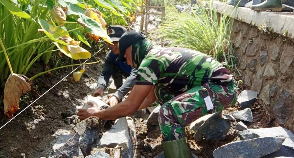 Pulang TMMD, TNI Satgas Ini Akan Bangun Pondasi Rumah Sendiri