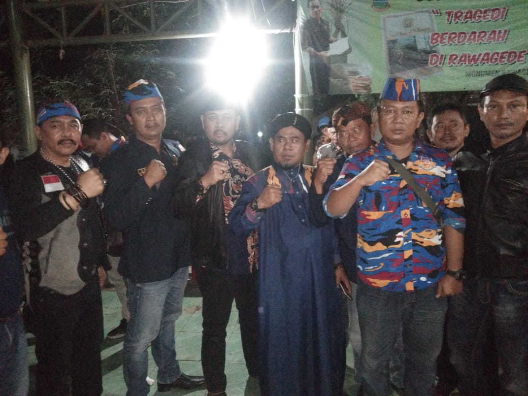 Memperingati Hari Ulang Tahun (HUT) LSM Laskar NKRI ke-13 menggelar acara Napak tilas