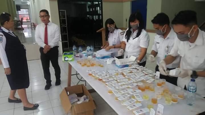 Sat Resnarkoba Polres Minahasa Selatan Tes Urine 164 ASN Balai Diklat Pelayaran