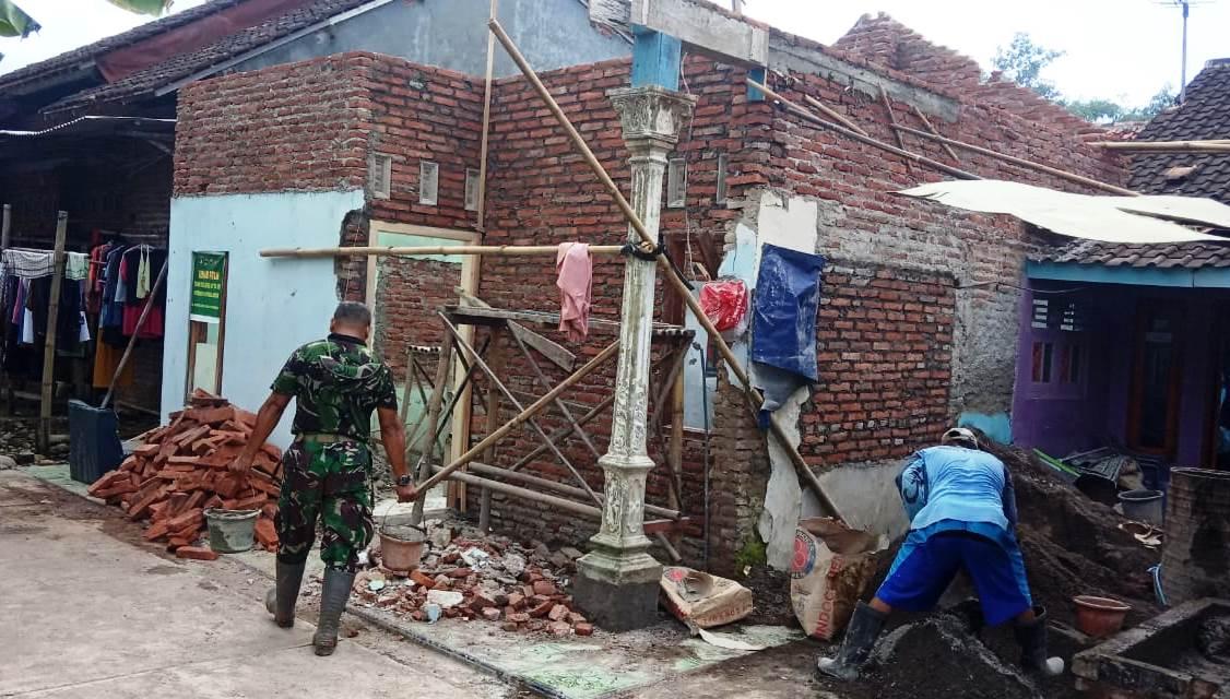 Dikebut Satgas TMMD, Rehab Rumah Supardi Capai 40 Persen
