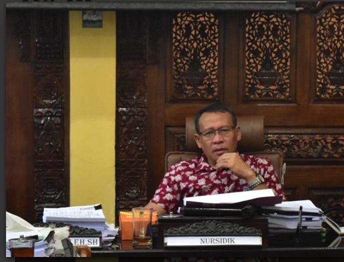 Ketua Pansus III DPRD, Nursidik Petilasan Tidak Bisa Dianggarkan APBD II