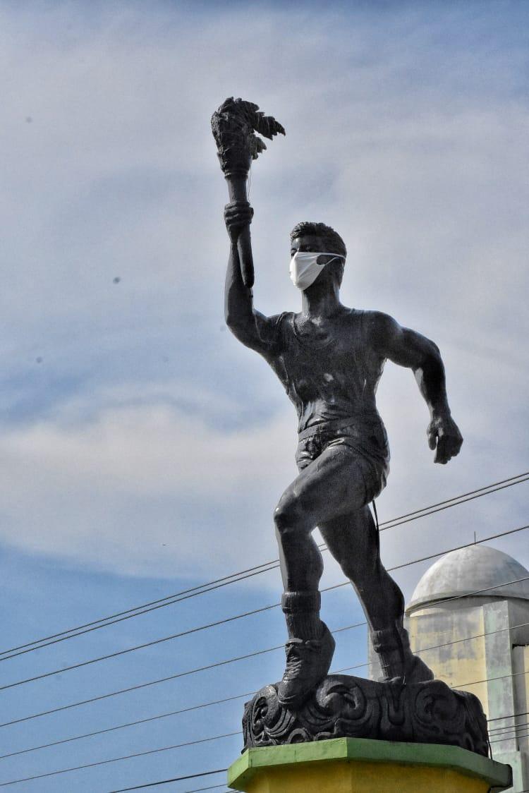 Masker Patung Obor, Simbolisasi Kampanye Gerakan Lawan Covid-19