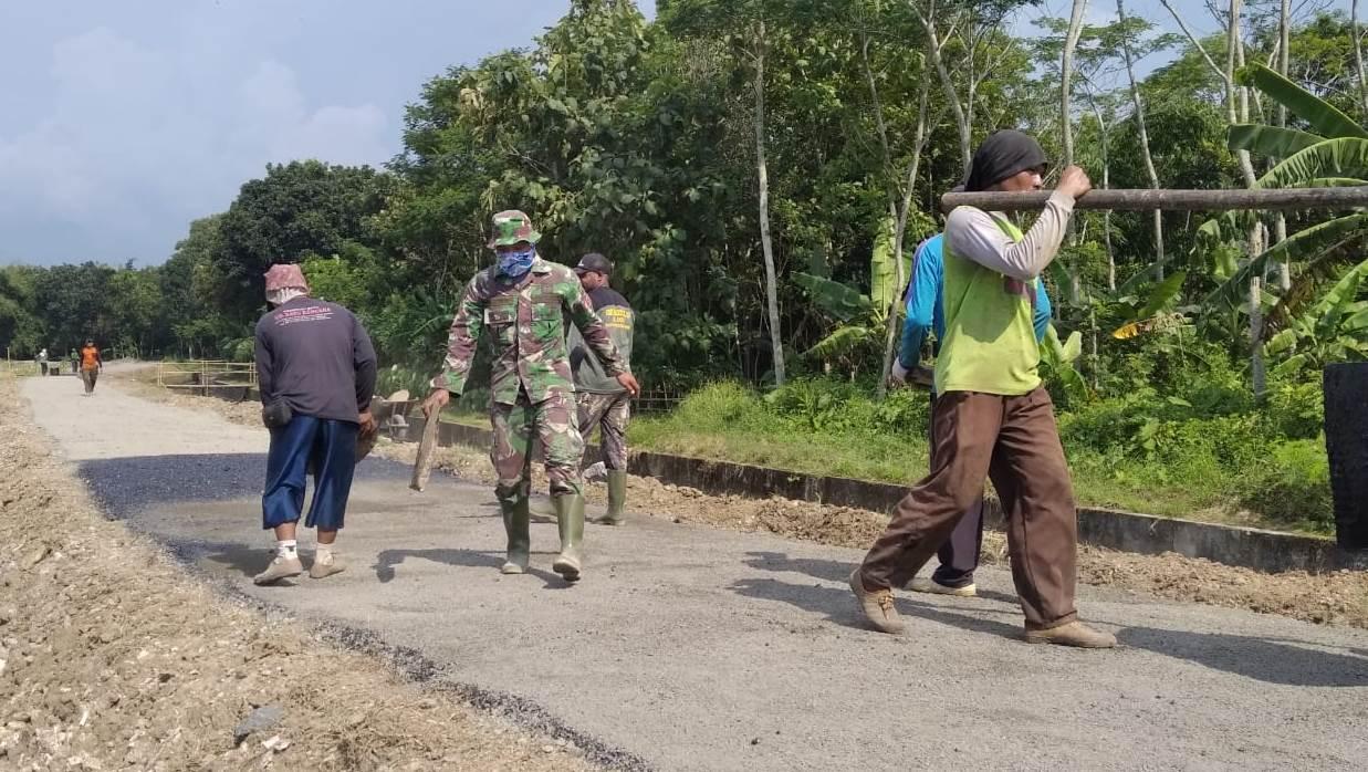 Terus Dikebut Jalan TMMD di lokasi Dukuh Pepedan – Jlubang