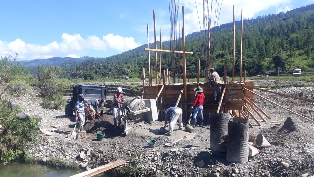 Jembatan Gantung Desa Ulta Mulai Dikerjakan