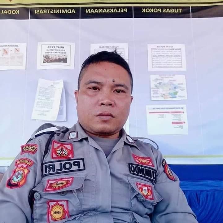 Kapolri Hadiahi Sekolah Perwira Bripka Jerry Tumondo Yang Memakamkan Jenazah Covid-19 Terlantar