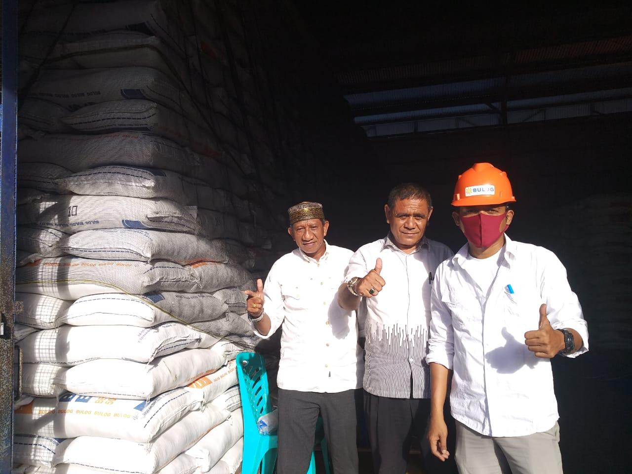 1700 Ton Beras Bulog Dan Gula Pasir 100 Ton tersedia Di Gudang Tual
