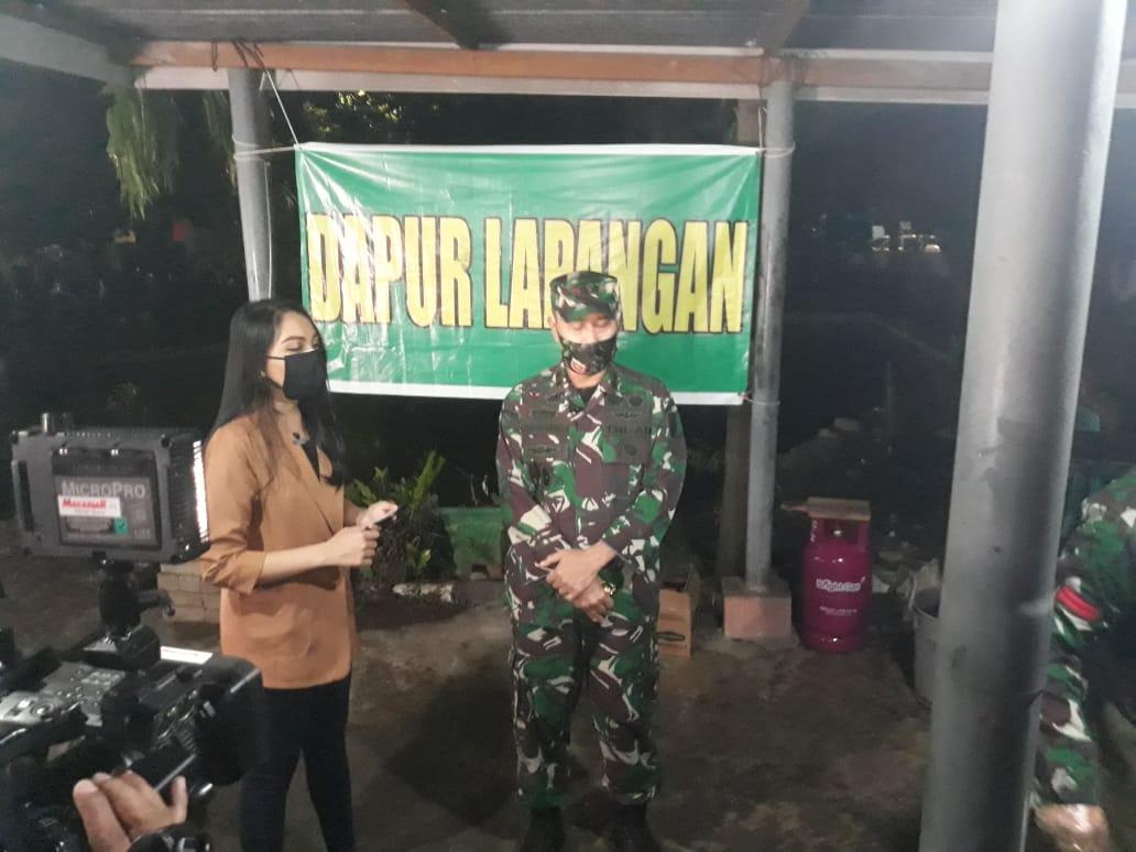 Jelang Sahur, Pangdam XIV Hasanuddin Tinjau Dapur Umum TNI di Korami 11/Biringkanaya
