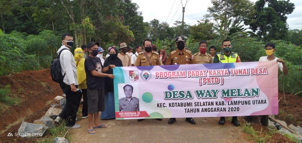 Dongkrak Prekonomian Desa PKTD Waymelan Prioritas Pembuatan Siring Pasang dan TPT