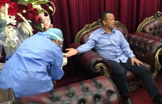 Lakukan Kunjungan Kerja Di Sulawesi Utara Menteri KKP Edhy Prabowo Rapid Test di Bandara Sam Ratulangi