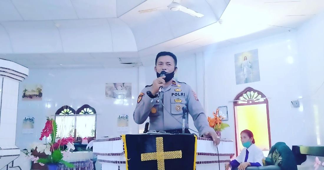 Kapolsek Sirombu Sampaikan Himbauan Kamtibmas Di Gereja ONKP Ombolata Lahusa