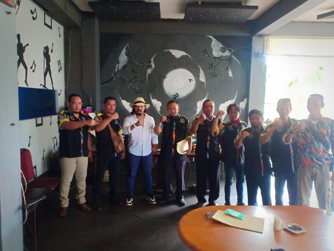 Wendy Napitupulu Ketua LBH – GMBI Jateng, Melantik Biro Hukum Distrik Rembang