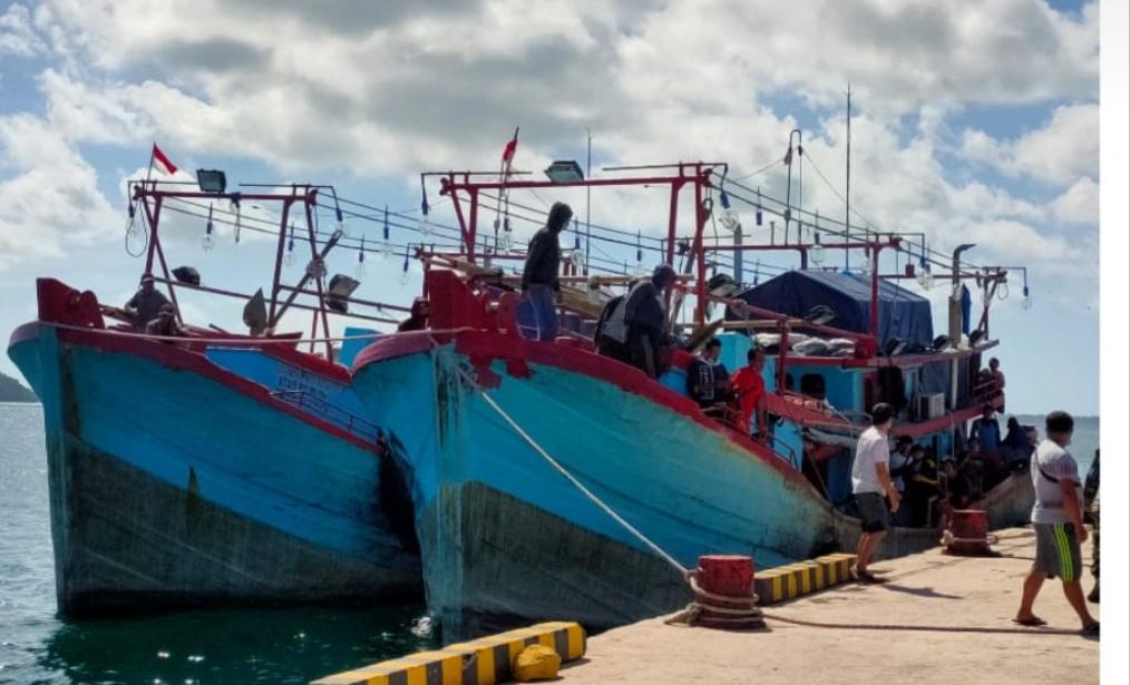 Tim Covid-19 Tual Terus Lakukan Pemeriksaan di Pelabuhan