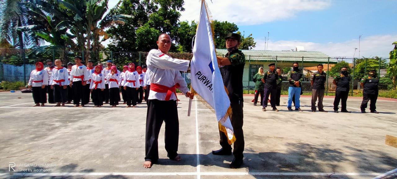 Kelompok Silat Perguruan Silat Merapat Putih KOLAT MP HIPAKAD Resmi dibuka di Purwakarta
