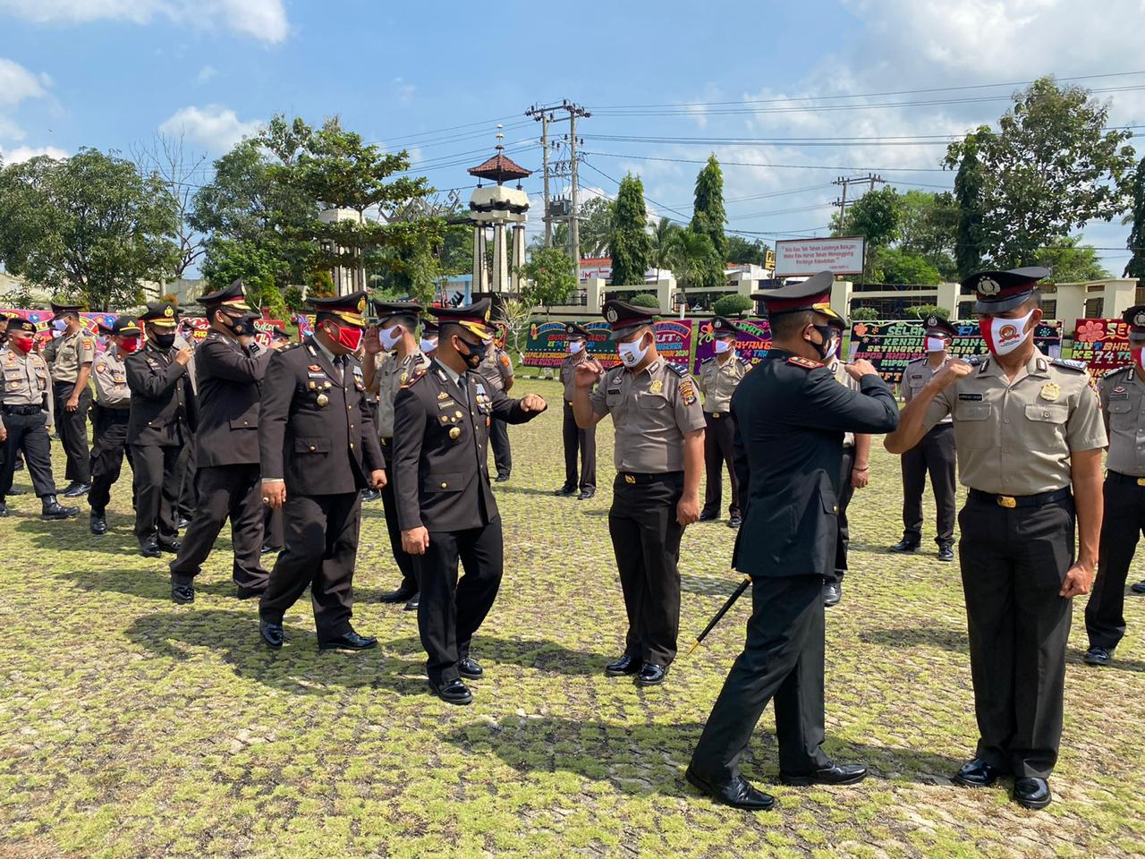 Di Hari Bhayangkara 48 Personil Polres Lampura Naik Pangkat