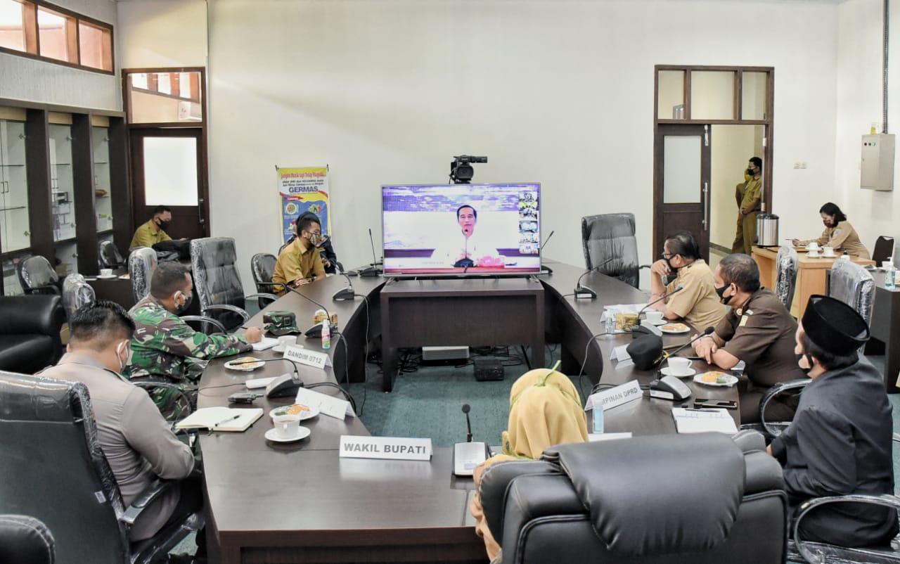 PRESIDEN RI JOKOWI, Melalui telekonferensi Tegaskan Pemda Kab,Tegal Tak Tergesa-gesa Buka Destinasi Wisata