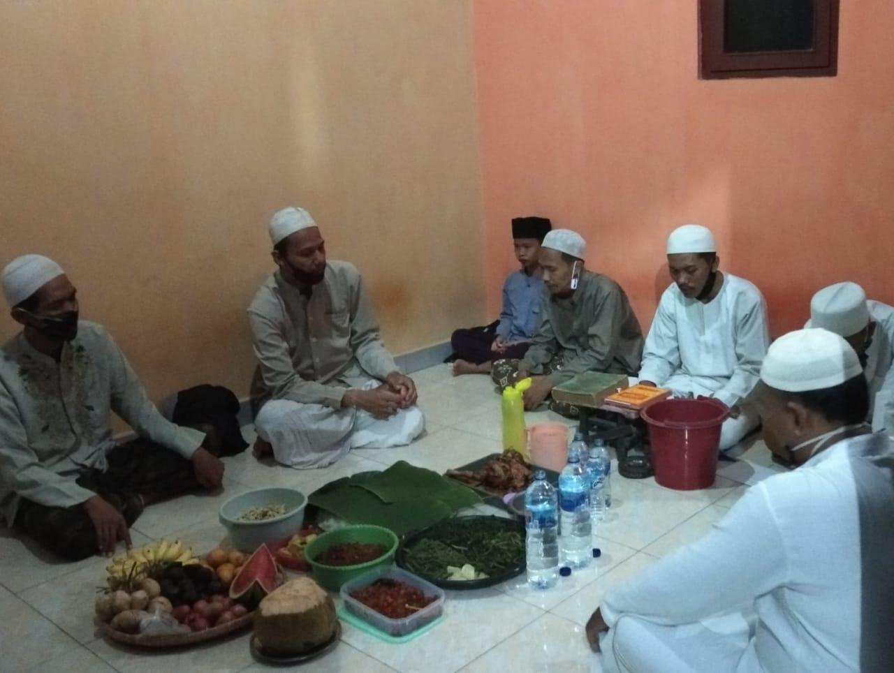 Menyambut Tahun Baru Islam, Ust Zaeni Giat Doa Bersama