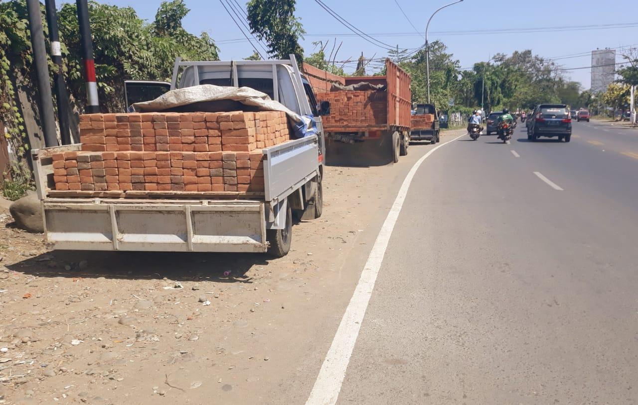 Waspadai Kecurangan Penjual Batu Bata di Kawasan Daya, Makassar