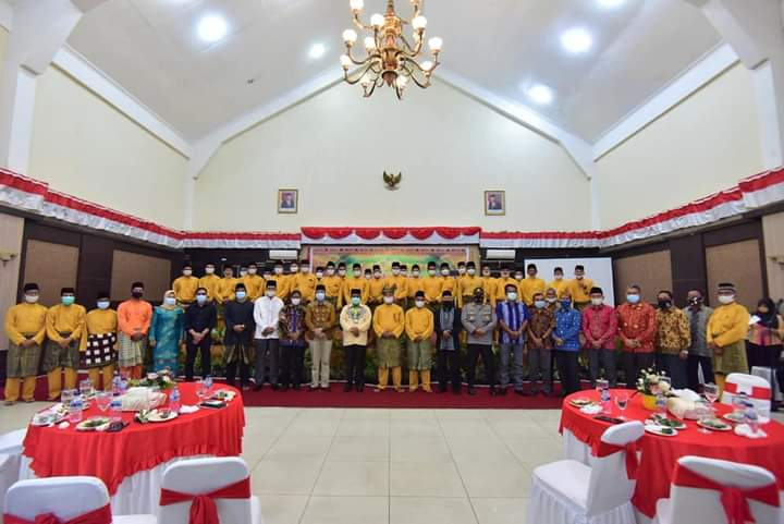 Bupati Karimun Aunur Rafiq Hadiri Pengukuhan Pengurus Organisasi KKBK