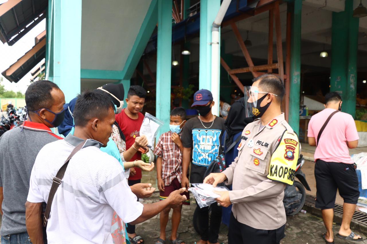 Polres Karimun Bersama Gugus Tugas Covid-19 Kampanye Glorifikasi Budaya Masker Secara Serentak