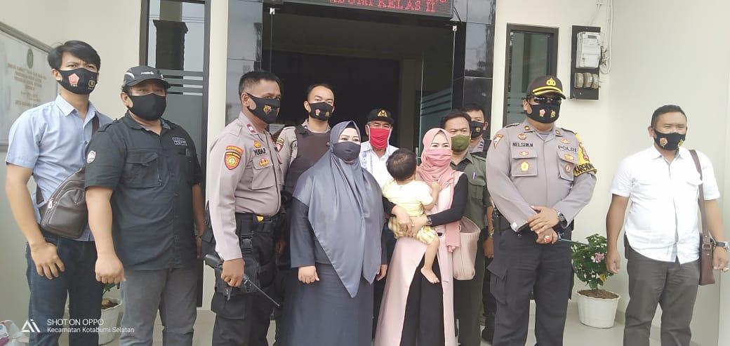 Pengadilan Agama Kotabumi Lakukan Eksekusi, 17 Personil Polres Lampura diterjunkan