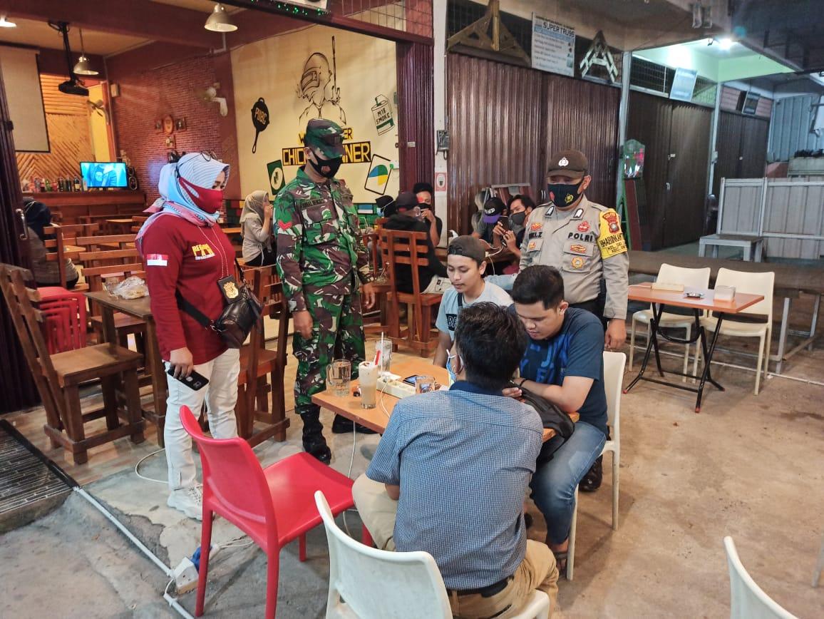 Polres Bintan Bersama Tim Gabungan Satuan TNI Dan Satpol PP Gelar Operasi Yustisi
