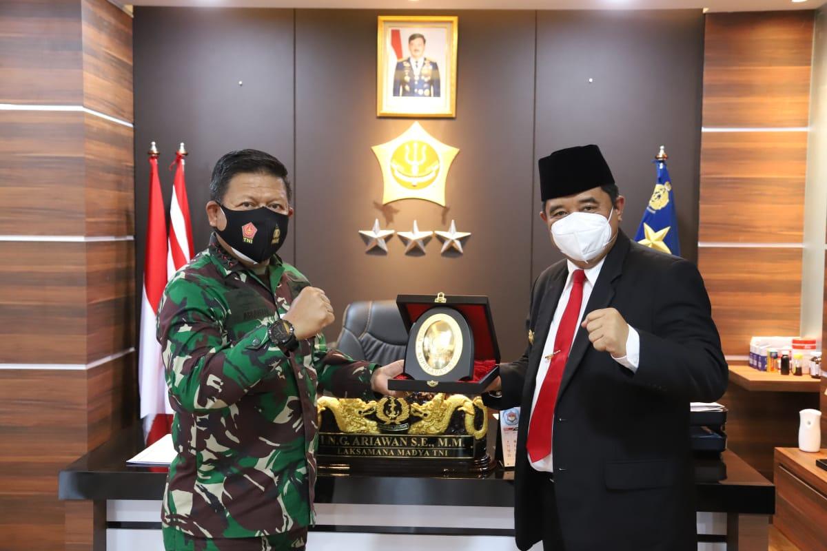 Pjs Gubernur Kepri Berkunjung Ke Markas Kogabwilhan I