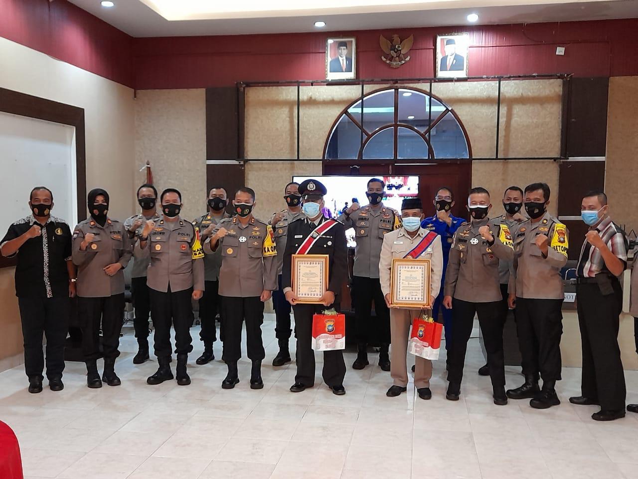 2 Purnawirawan Dapat Penghargaan Dari Kapolres Tanjungpinang