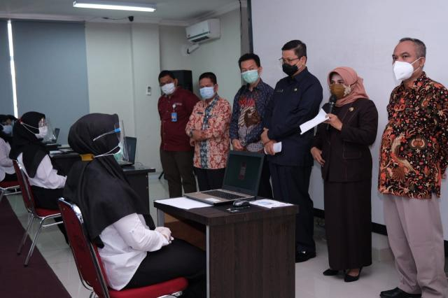 Walikota Lakukan Peninjauan Ujian SKB CPNS Di Lingkungan Pemko Tanjungpinang