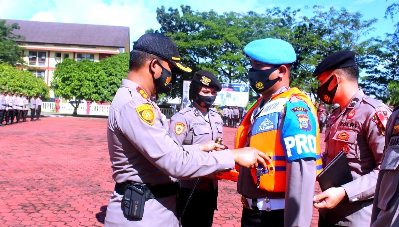 Polres Nias AKBP Wawan Iriawan S.I.K,Gelar Apel Pergeseran Pasukan Pengamanan Pilkada Serentak