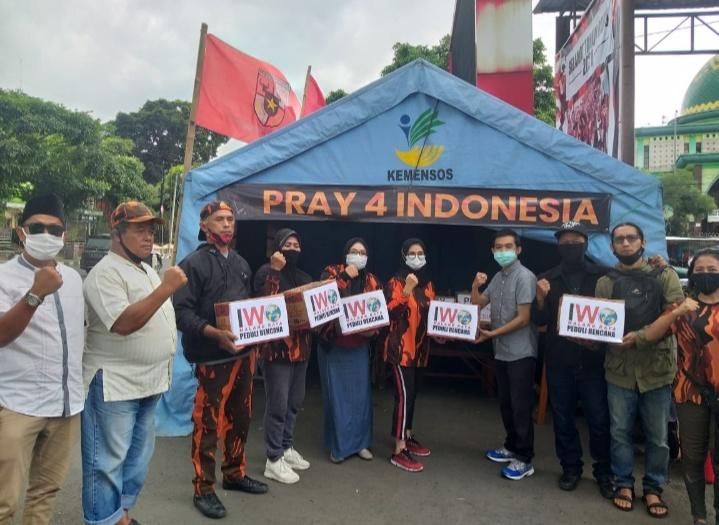 Pray 4 Indonesia, Ikatan Wartawan Online Malang Raya Salurkan Bantuan