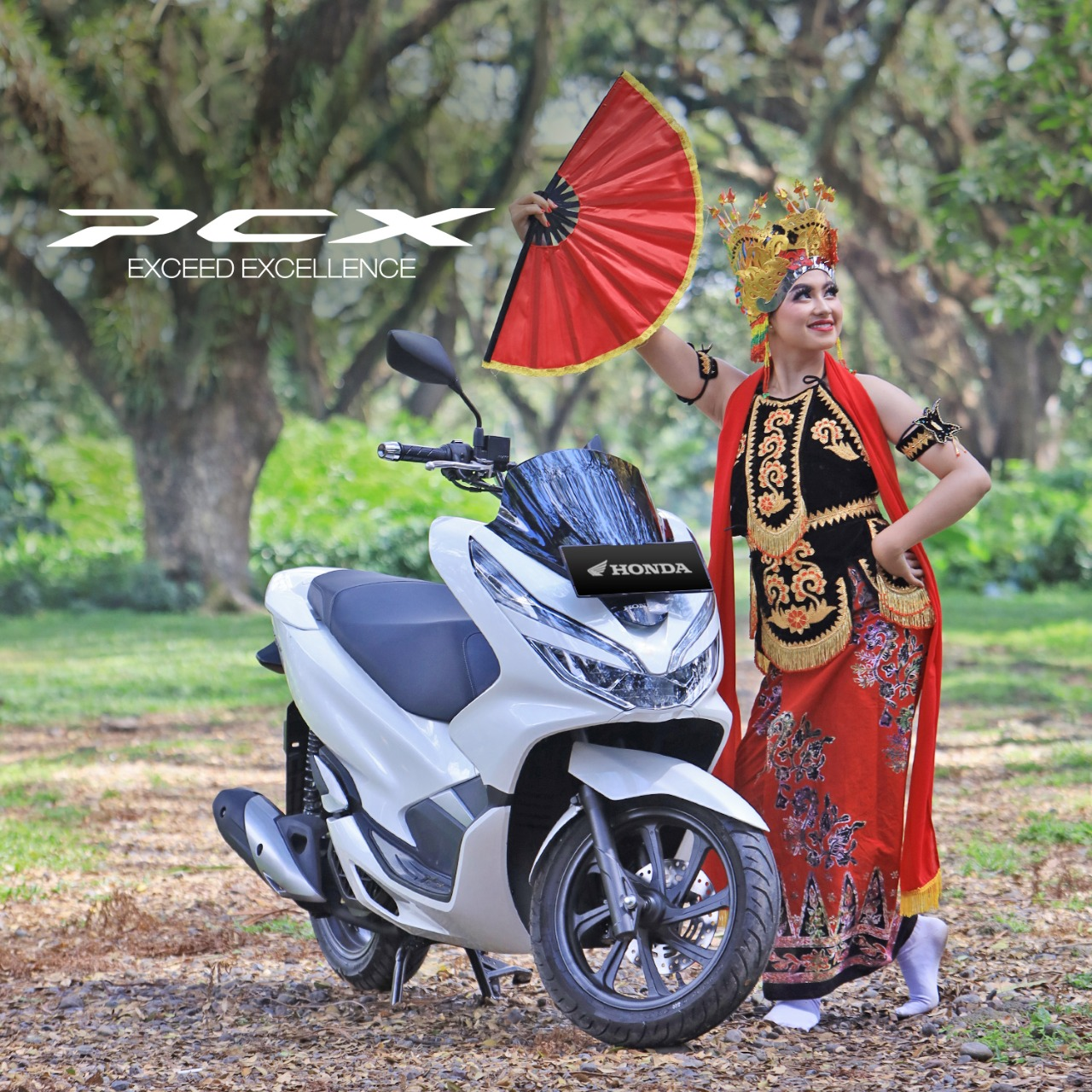Berikan Potongan Angsuran Dan Hadiah Accesories Untuk Pembelian Motor Honda PCX 150, Motornya Lare Osing