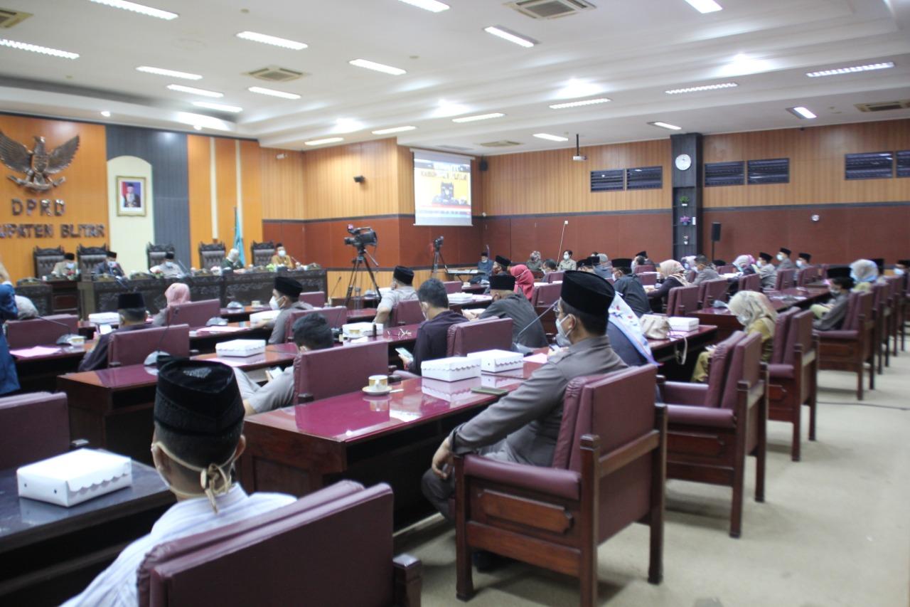 Paripurna DPRD Kabupaten Blitar LKPJ 2020, Bupati Pamerkan Prestasi