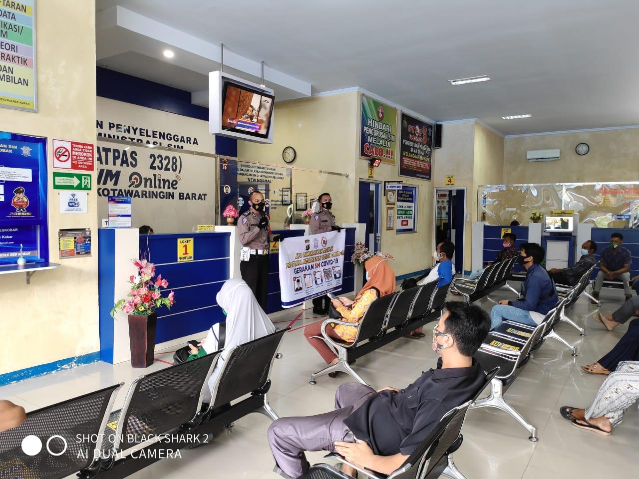 Satlantas Polres Kobar Sosialisasi Protokol Kesehatan Kepada Para Pemohon SIM