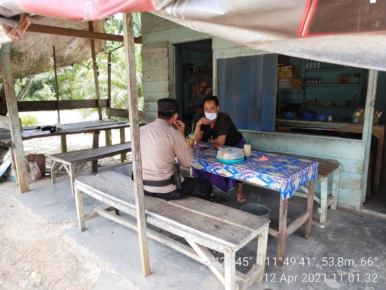 Anggota Melaksanakan Sambang Sekaligus Terapkan Prokes Demi Pencegahan Covid-19