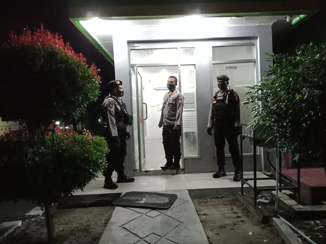 Malam – Malam, Bank Kalteng didatangi Polisi