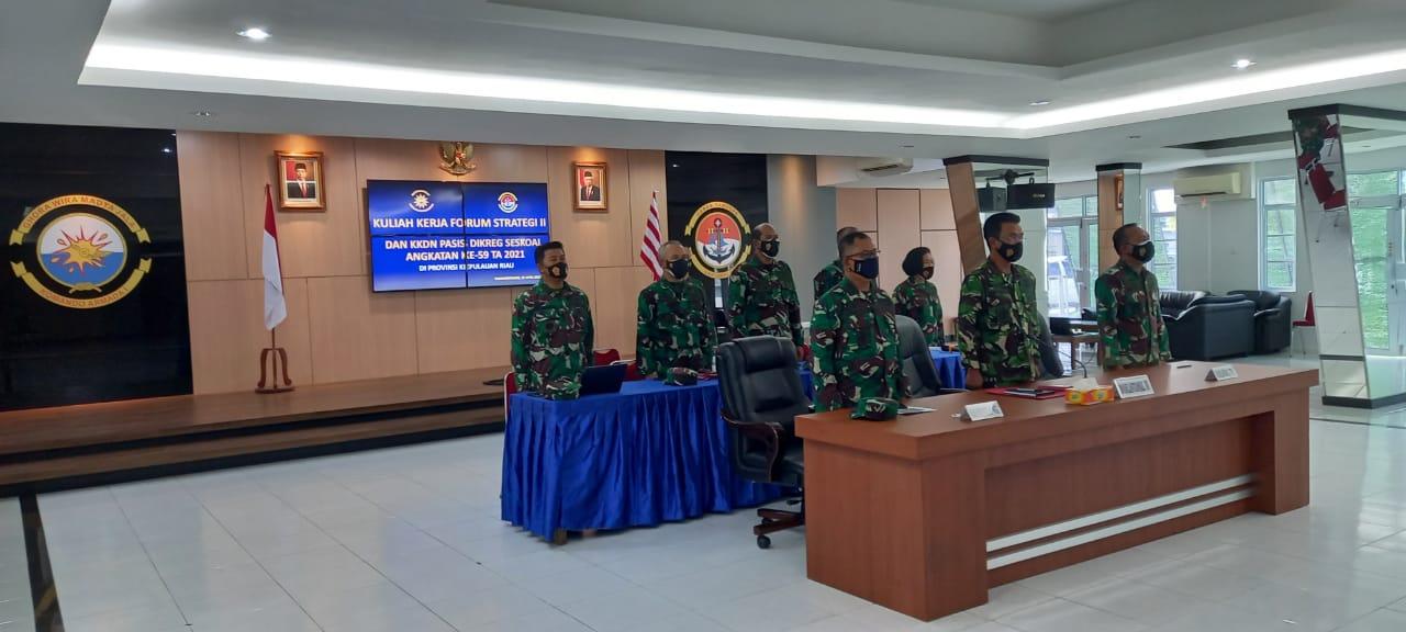 Danlantamal IV Berikan Pembelajaran Kepada Perwira Siswa