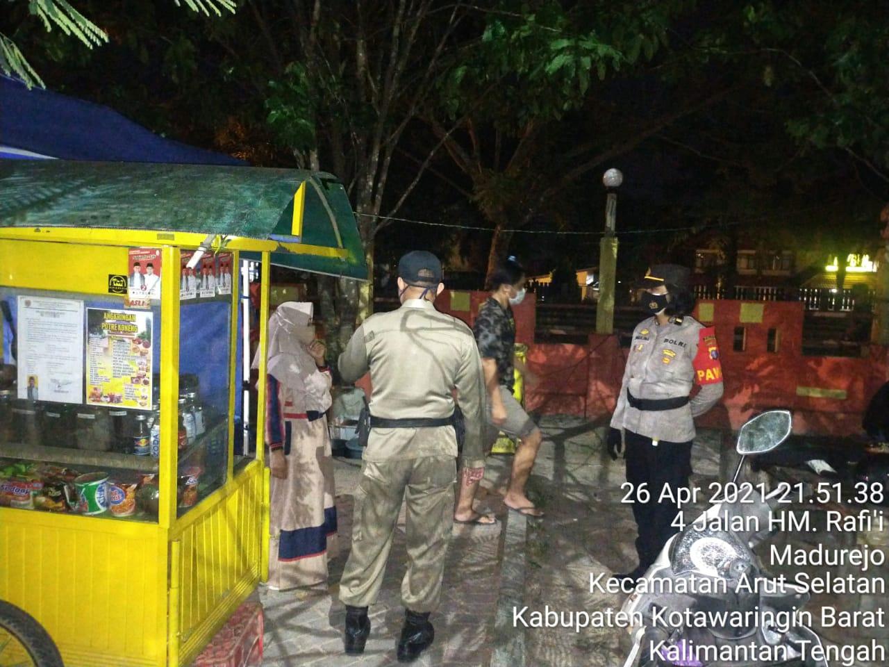 Polres Kobar Laksanakan Ops Yustisi bersama TNI dan Satpol-PP Mendisiplinkan Prokes