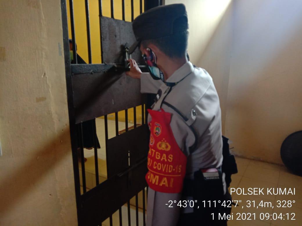 KA SPKT III cek dan kontrol ruang tahanan Polsek Kumai