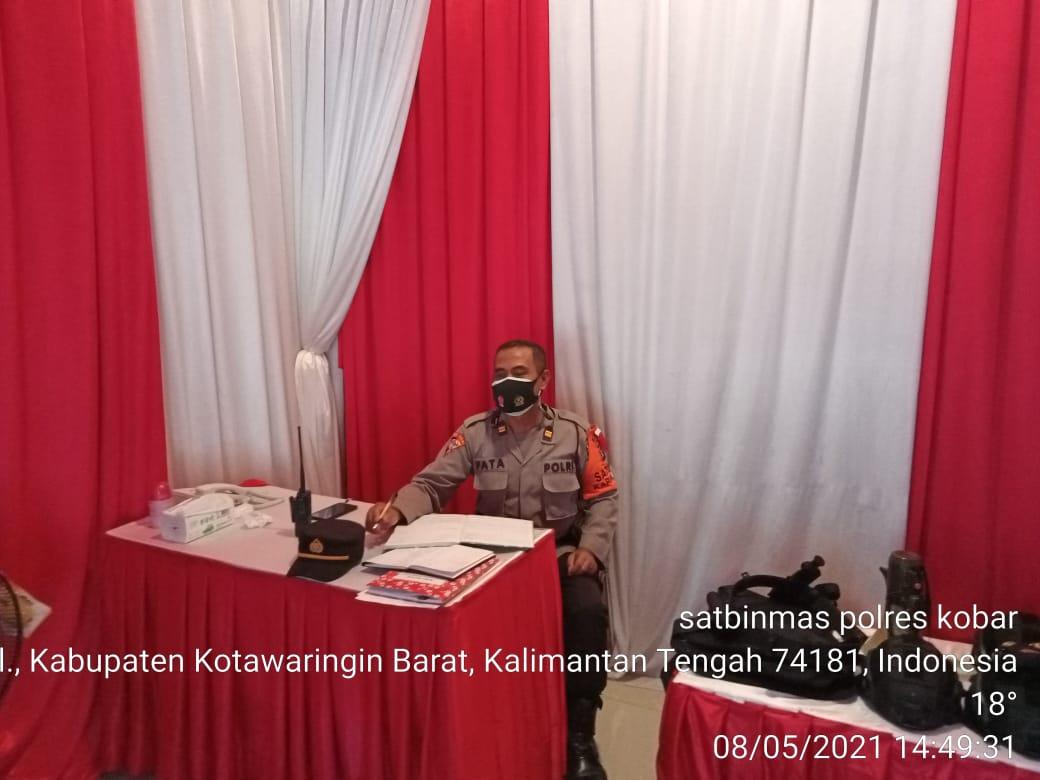 Polres Kobar melaksanakan penyekatan larangan mudik di Bandara Iskandar P.Bun