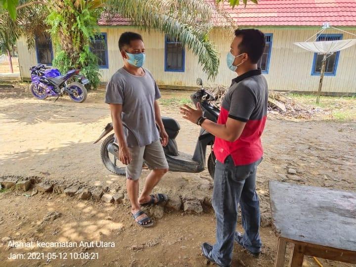 Briptu Dian Silaturahmi Kepada Para Tokoh Di Kelurahan Pangkut