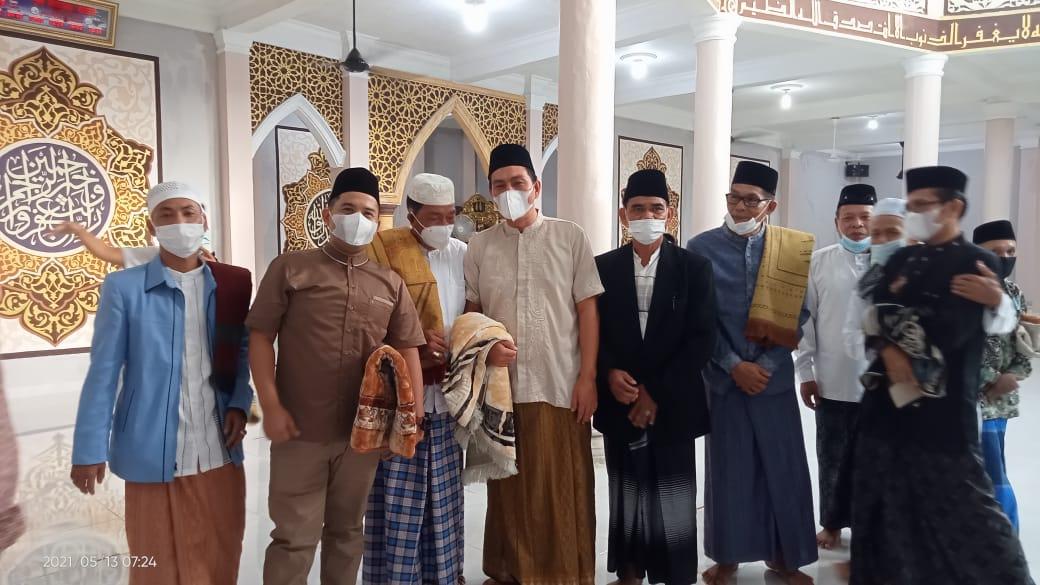 Bupati Batang Hari laksanakan sholat idul Fitri di mesjid Al-Muwazzopin